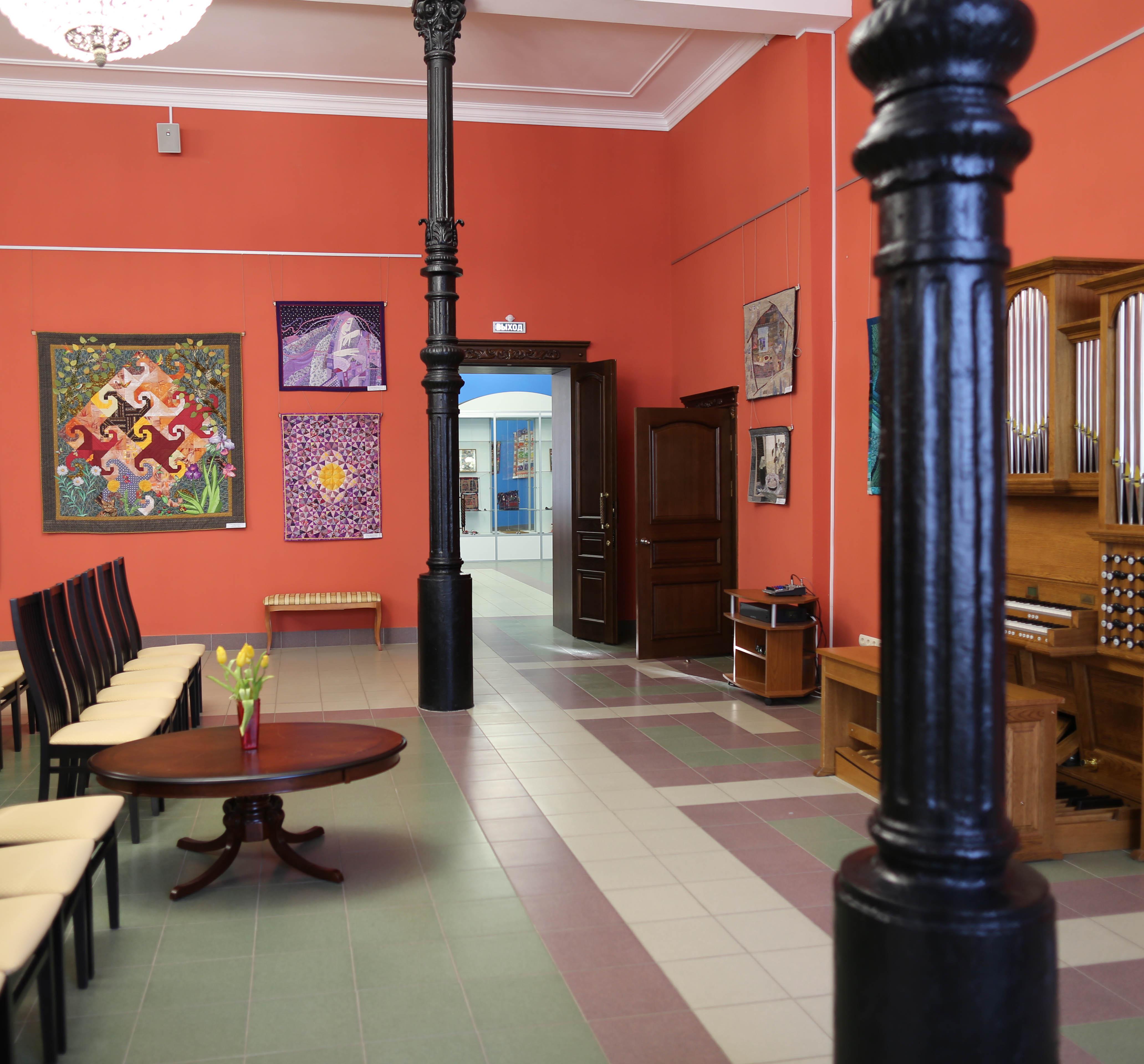 Информационно-образовательный и выставочный центр «Русский музей: виртуальный филиал»