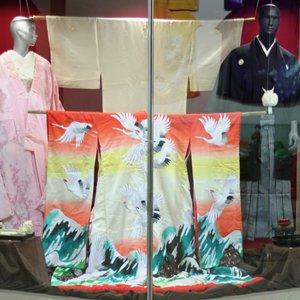 Выставка «Градинки, снежинки – на утреннем кимоно тончайший узор»