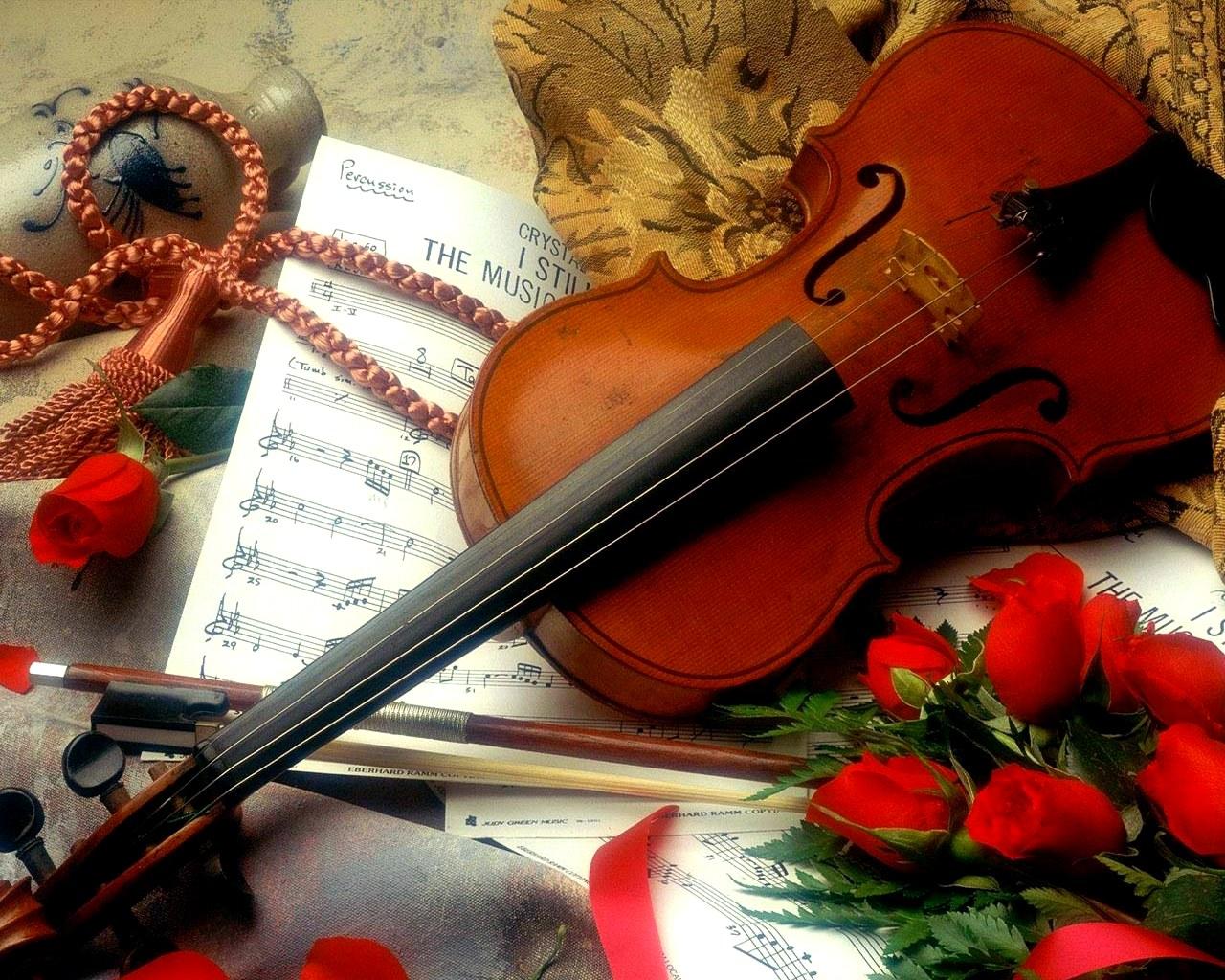 скрипка, ноты, торт  № 1908191  скачать