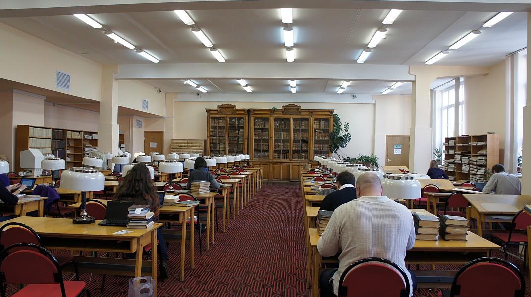 Библиотека горького рязань время приема беслатная юридическая