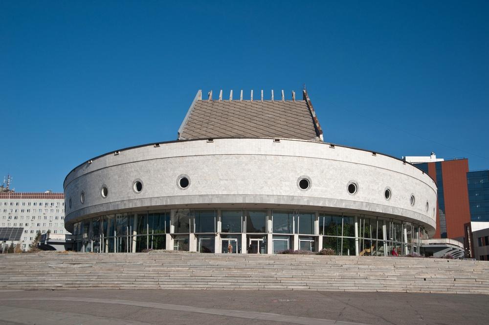 Новосибирский академический молодежный театр «Глобус»