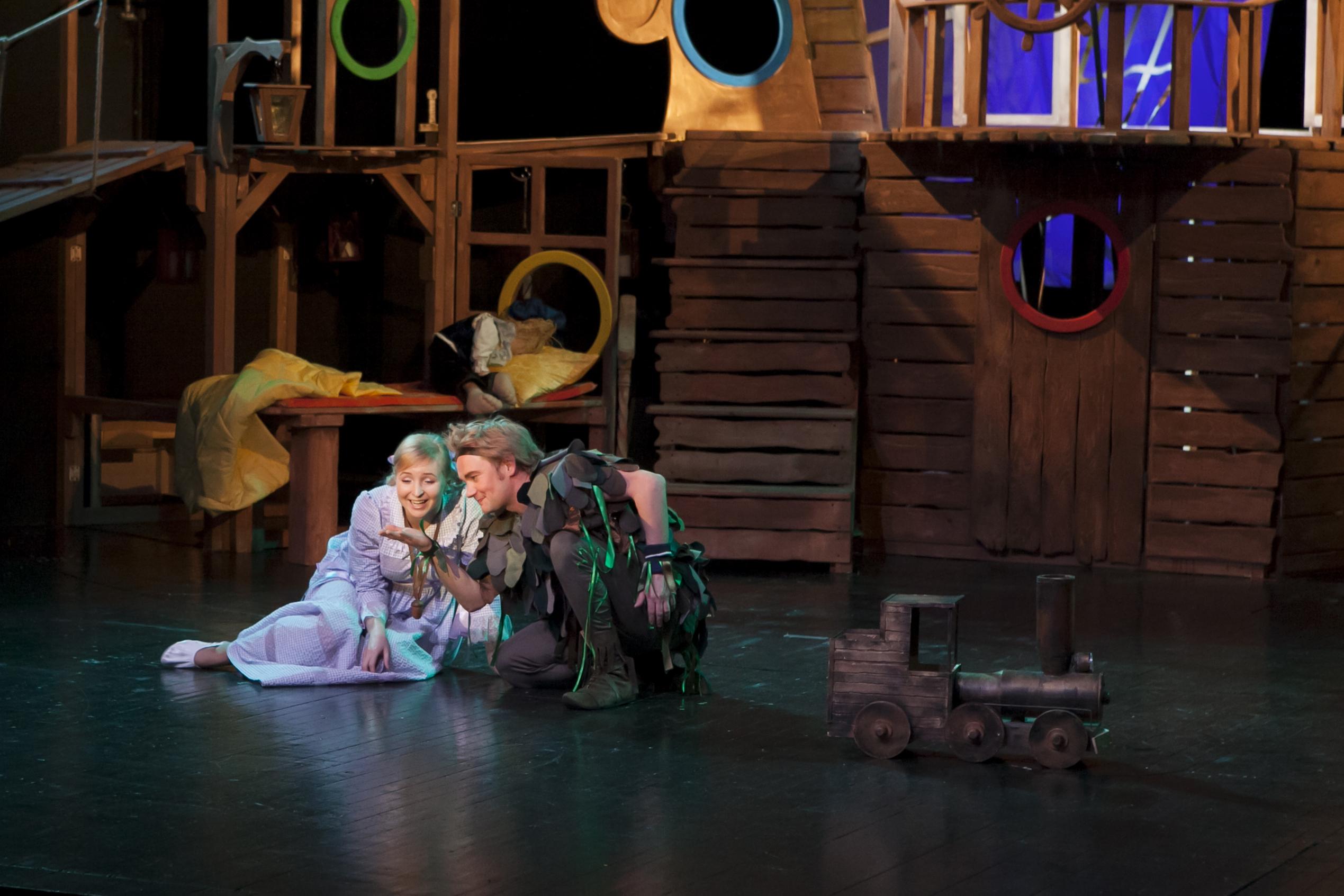 Спектакли петрозаводск афиша большой театр оперы и балета москва официальный сайт афиша