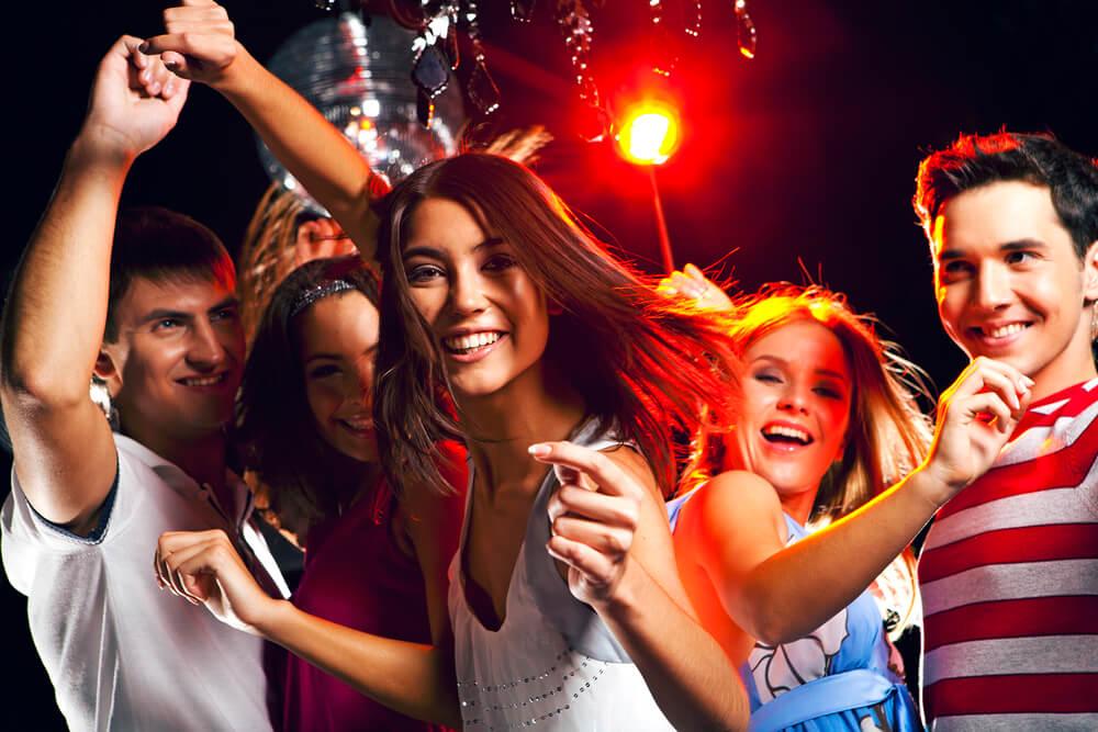 Картинки молодежи в клубах