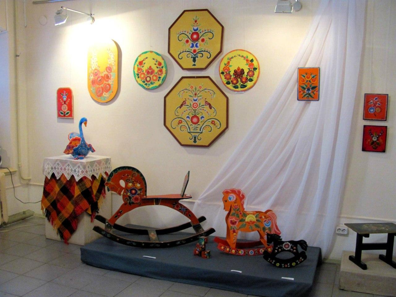Экспозиционно-выставочный отдел «Народная галерея»
