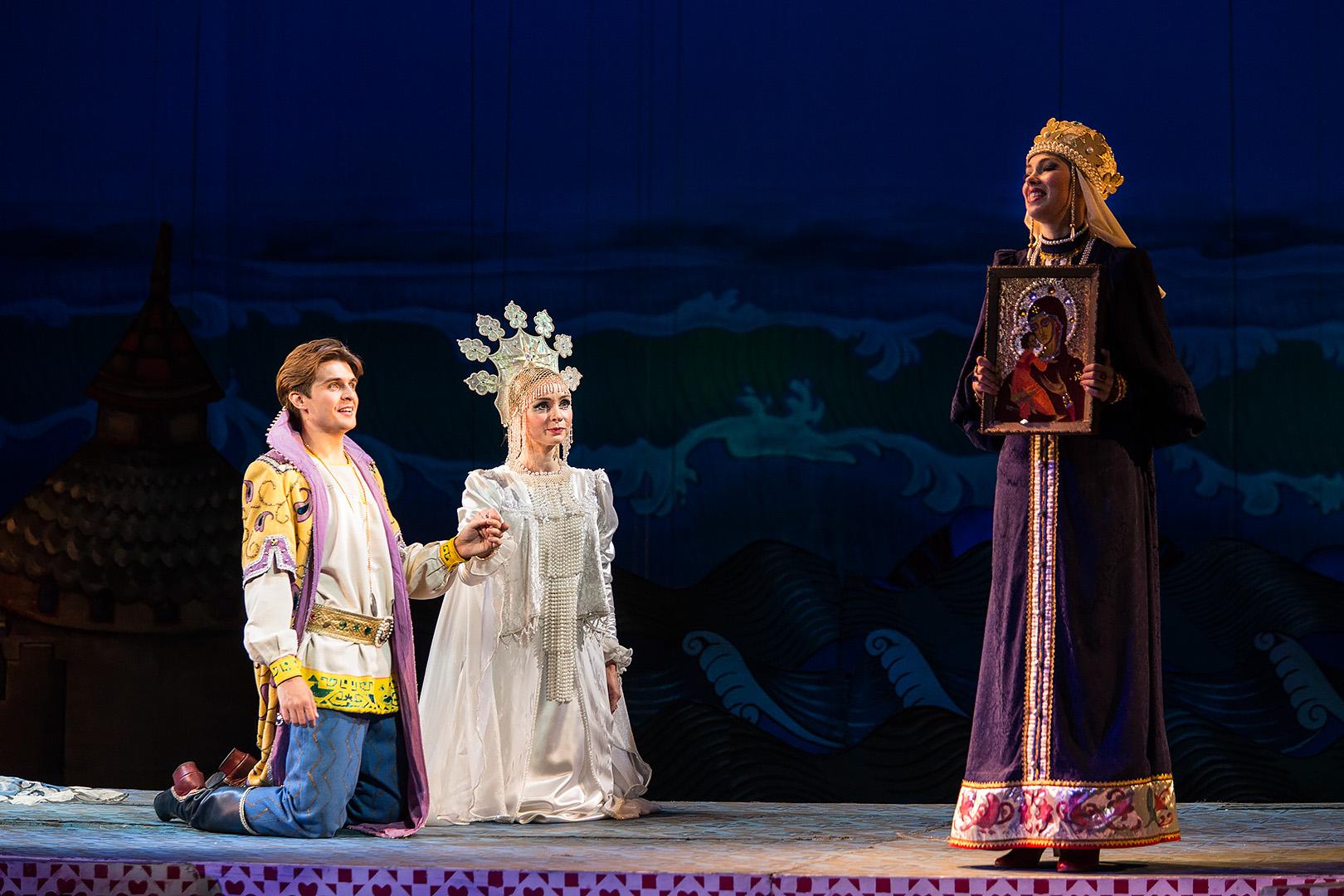 картинки на оперу о царе салтане итальянская