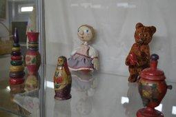 Выставка «Остров детства»