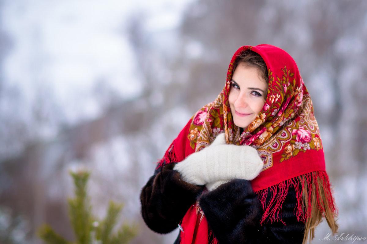 фото в русском платке зимой представляет собой