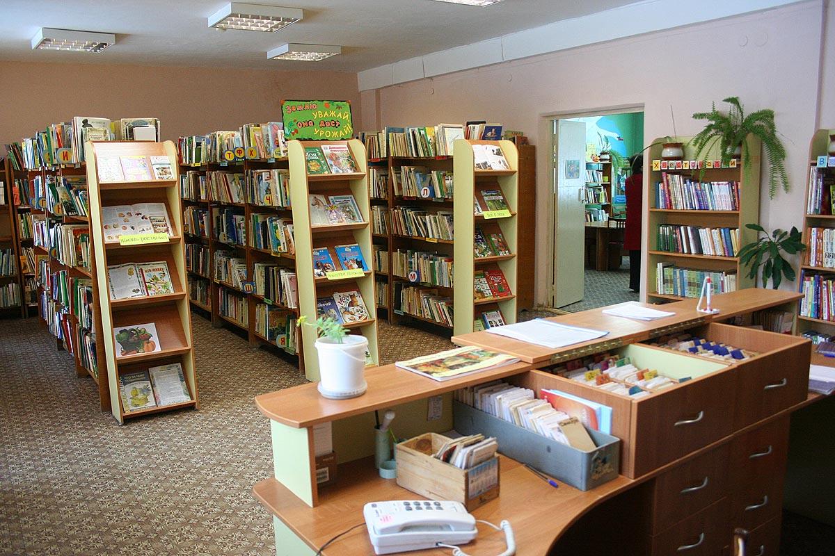 Сельская библиотека с. каменка - библиотека, беларусь, гомел.