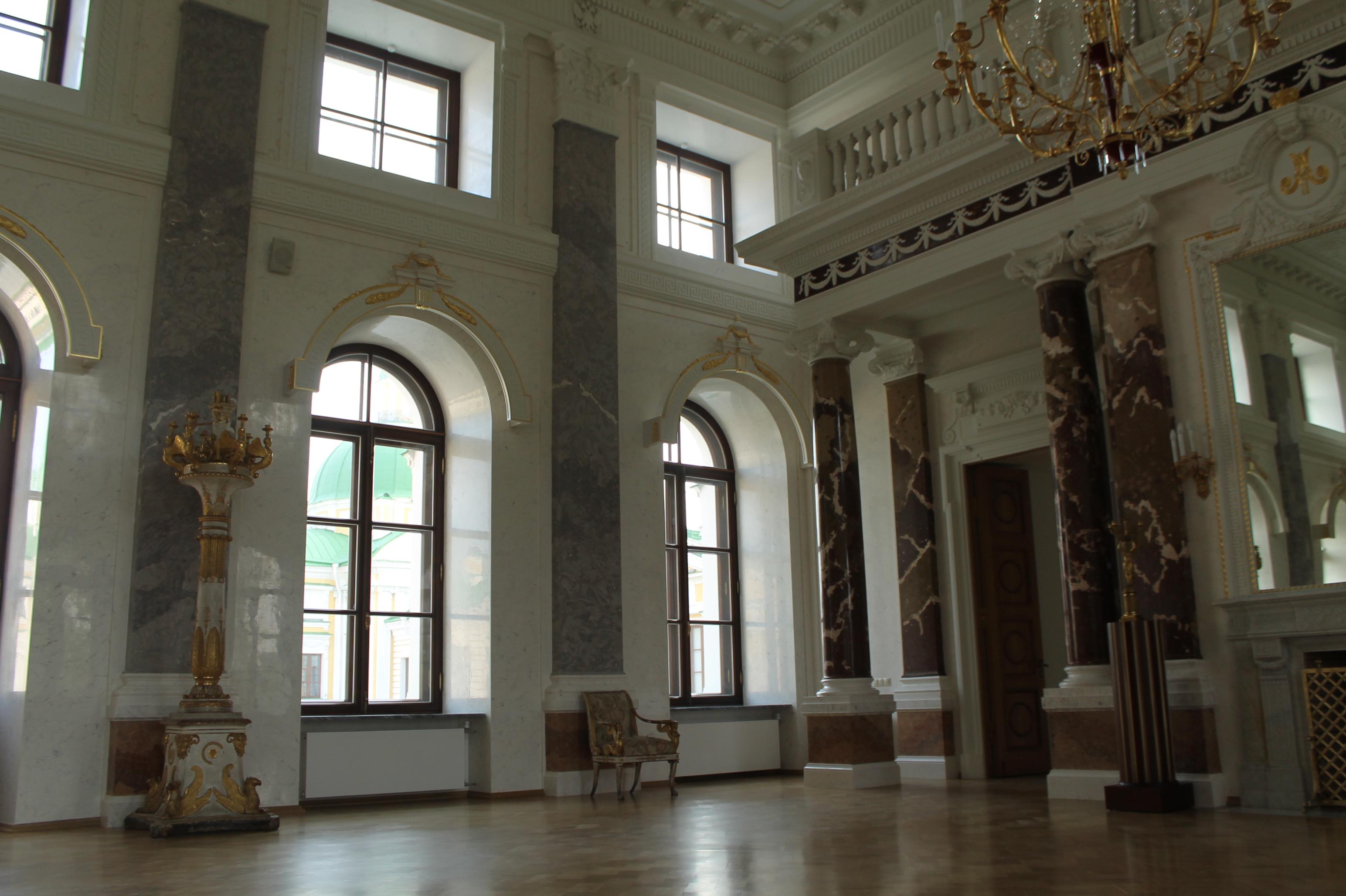 Тверская областная картинная галерея. Тверской императорский дворец