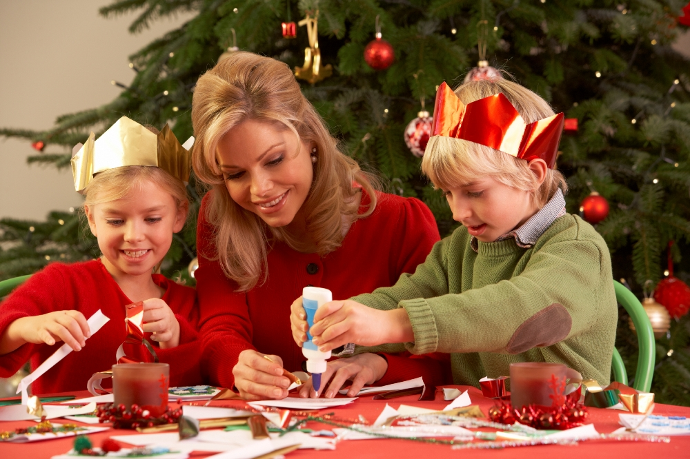 Как сделать новогодние подарки для мам